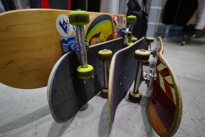 スケートボードクルージングとは?!パーツの選び方や乗り方をご紹介!