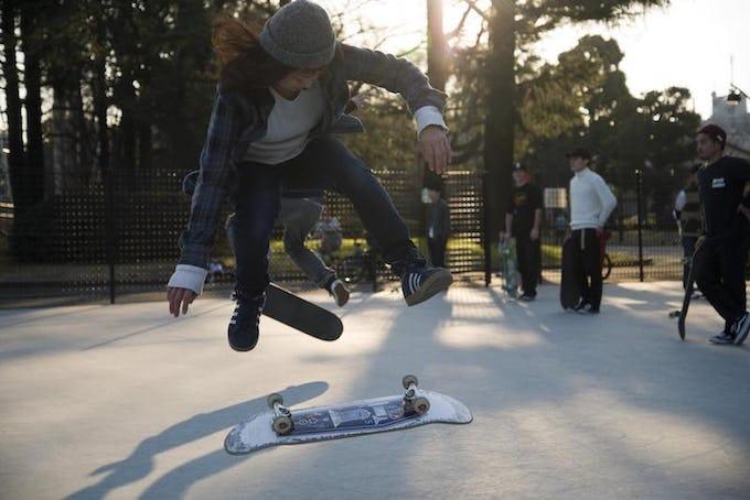 スケートボード キックフリップのコツとは?!やり方や練習方法を解説!