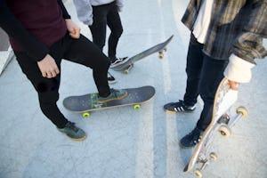 スケートボード デッキや部品の選び方とは?