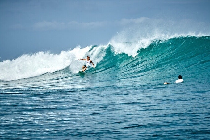 サーフィン 始める初期費用はどれくらい?その目安をご紹介!