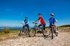 マウンテンバイク 服装とは?夏や冬など、季節ごとの選び方をご紹介!