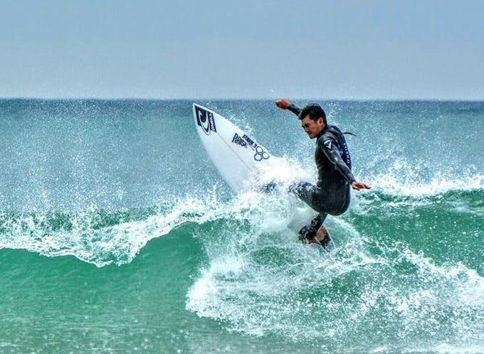 サーフィン 東京近郊から近いサーフポイントをご紹介!
