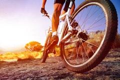 マウンテンバイク 空気圧はどれくらいが適正?その重要性や調整方法など解説