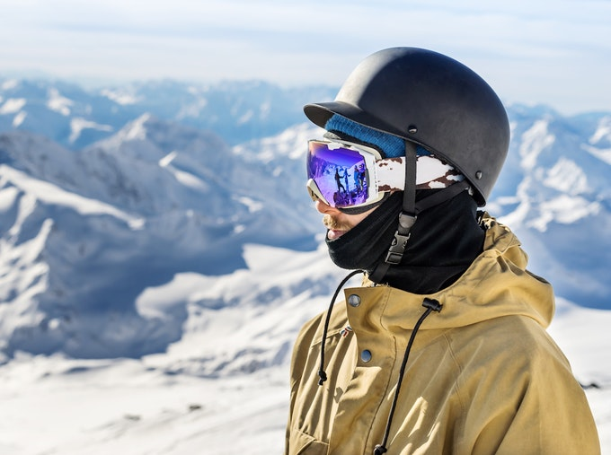 スノーボード ゴーグルの選び方とは?おすすめの人気ブランドをご紹介!
