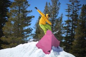 スノーボード 手袋(グローブ)の選び方は?ミトンタイプやゴアテックスなど、おすすめブランドもご紹介!