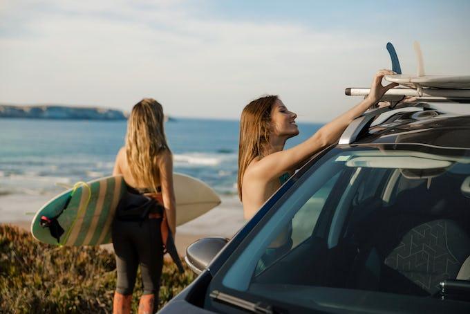 サーフィンスクール 千葉で探すなら?女性や初心者でも楽しめるスクールまとめ