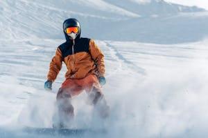 スノーボード 意外と知らない?ウェアの様々な機能の解説や18-19シーズンおすすめウェアブランドを紹介!