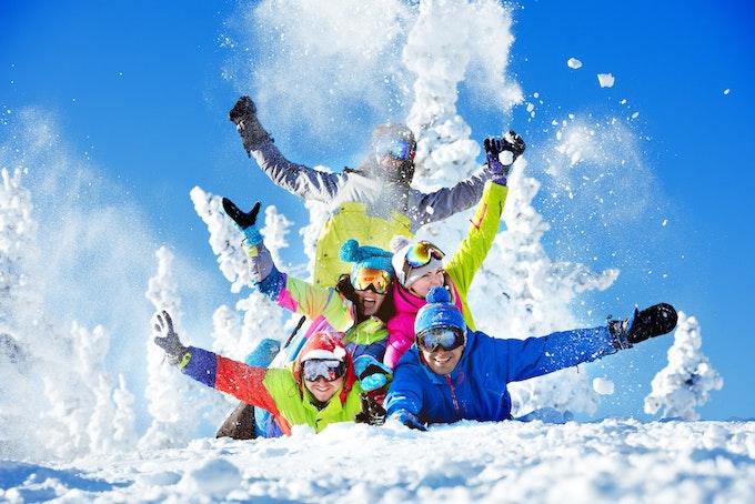 スノーボード 道具や車がなくても行ける?レンタルやツアーを利用しよう