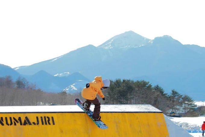 スノーボード 初心者 必見!基本的な滑り方と練習方法とは?!