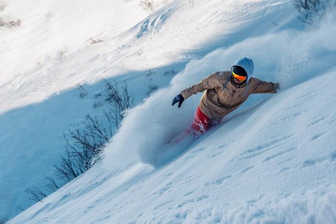 スノーボード 怪我する前に覚えておこう!スノーボードをする前にやっておきたいストレッチ!