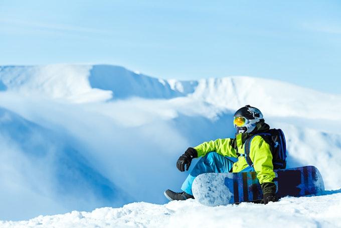 スノーボード 登山着や防寒着としても使える!かっこいいメンズウェア7選