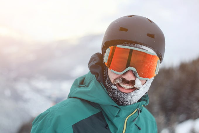 スノーボードを始めるなら世界で一番人気のあるアイウェアブランド OAKLEYのスノーゴーグルがおすすめ!