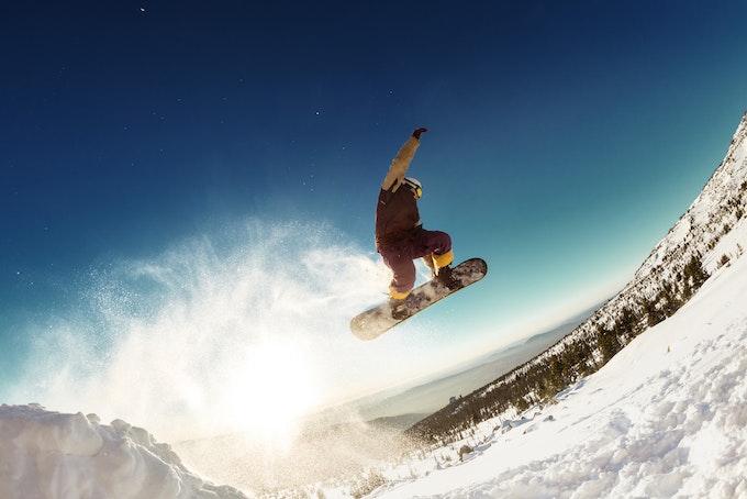 スノーボードでケガをした時の正しい対処法と予防策って知ってる?