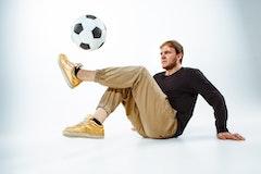フリースタイルフットボールのシッティングって知ってる?