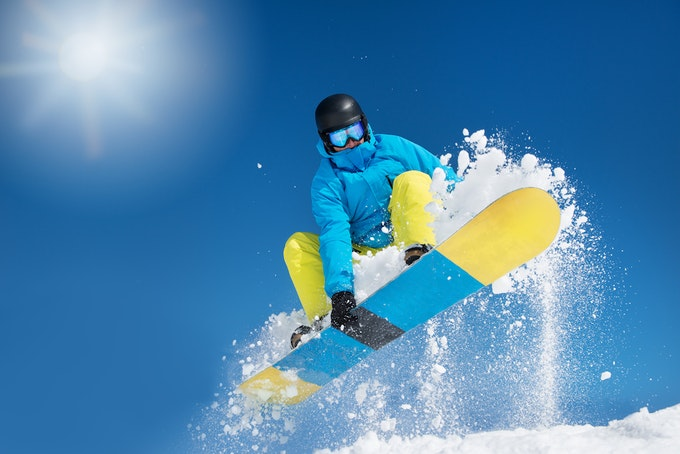 スノーボードであると便利な小物や装備集!これらを持ってスノーボードに出かけよう!