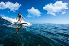 サーフィン初心者必見!道具選びやテイクオフのコツなどを解説!