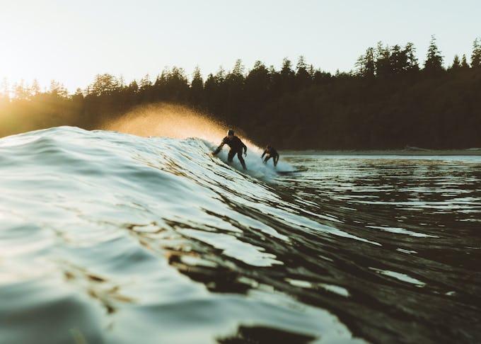 サーフィンで長く波に乗りたいならアップス&ダウンズが必須!