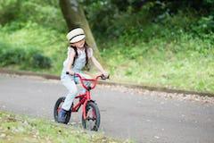 キッズ用BMXとは? ストライダーやキックバイクなどからのステップアップにおすすめ!