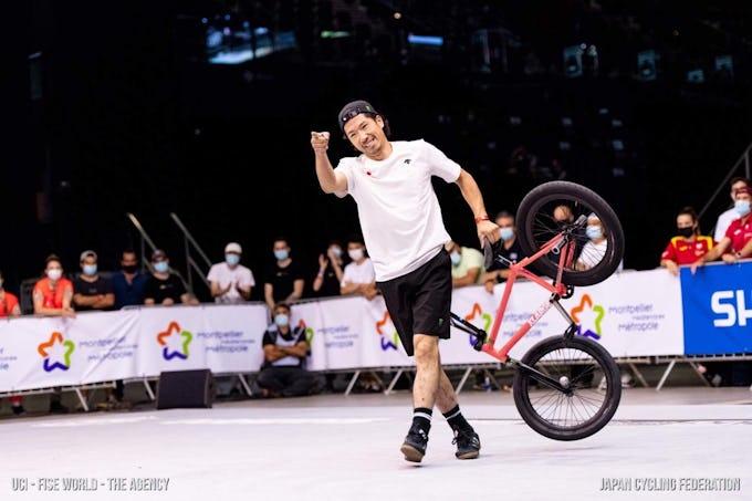 2021年UCI アーバンサイクリング世界選手権(フランス・モンペリエ) BMX フラットランド 佐々木元が準優勝!